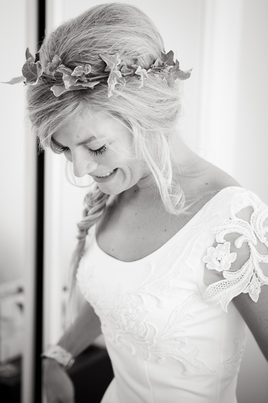 bride, ivy hair crown, silver photography