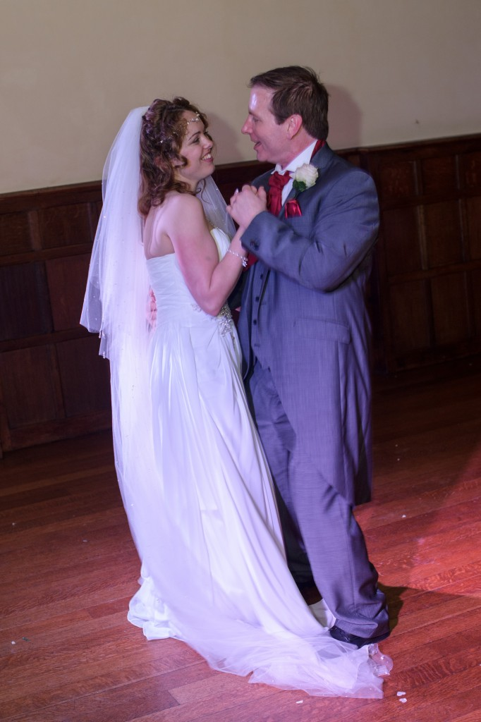 Layer-Marney-Tower, Pengelly-Photography, wedding first dance