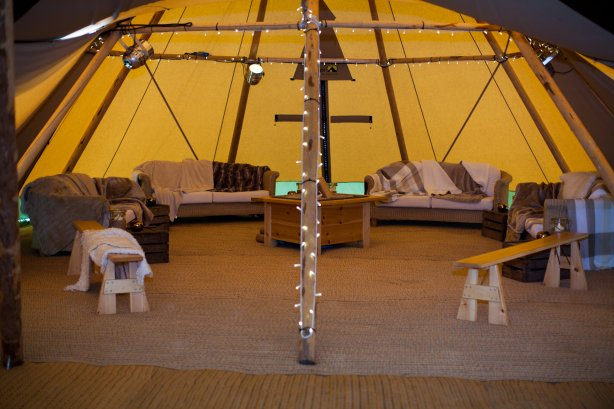 tipi fixtures, emma white photography, peak tipis, derbyshire tipi supplier