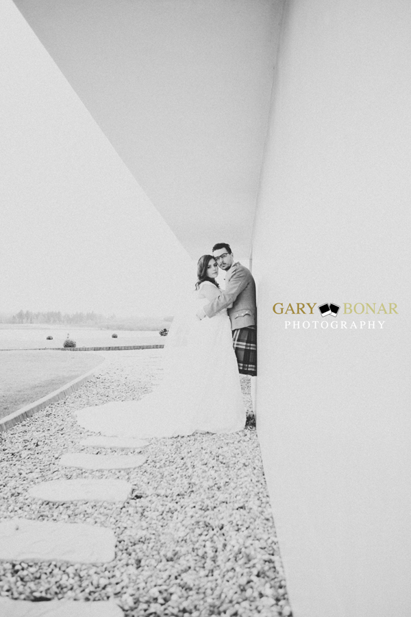 bride and groom, gary bonar photo