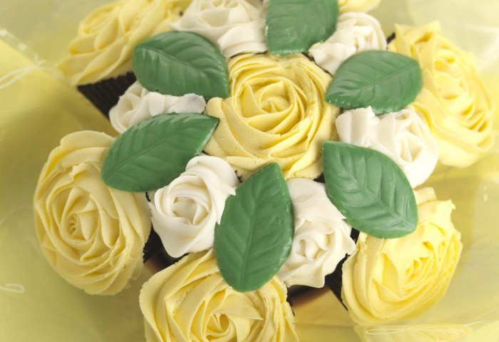 Say It With Cake Cupcake Bouquets From Cake Cetera