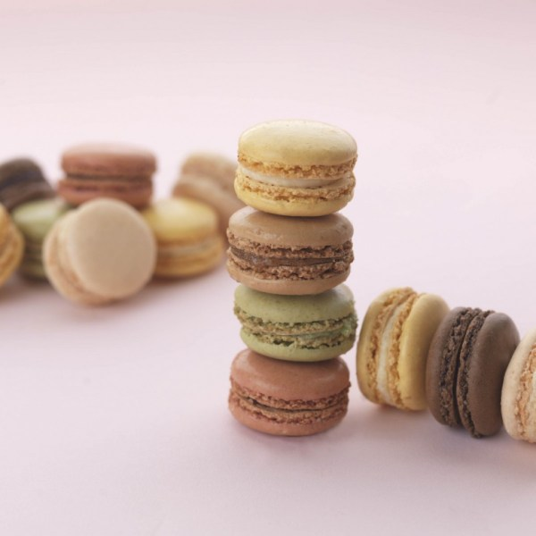 macarons, cake cetera, nationwide uk delivery