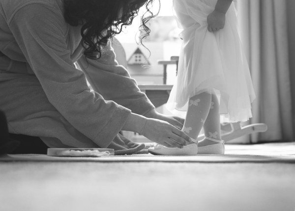bride and flowergirl, nicky cooney photo