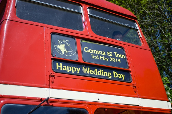 cris lowis photo, wedding bus