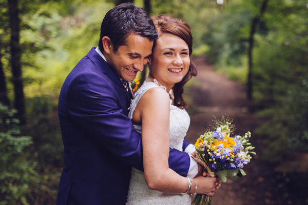 fiona-and-james, mylo photo, sunflowers, otters, rustic wedding