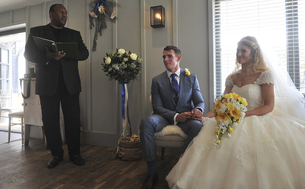 Rich page - Page Creations - Beach Wedding (16)