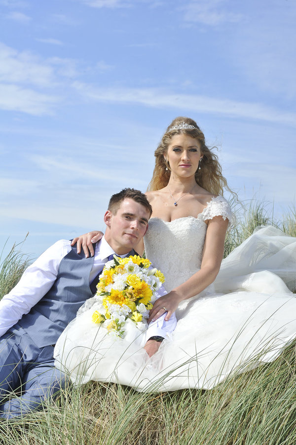 Rich page - Page Creations - Beach Wedding (52)