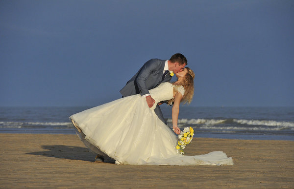 Rich page - Page Creations - Beach Wedding (73)