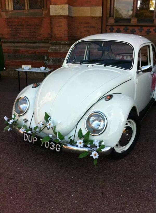 Alfies VW Weddings, VW Beetle  blogging bride, giddy kipper, wedding suppliers,