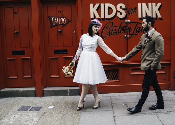 Hollisterphotography.co.uk, hollister photography, brick-lane-styled-wedding-shoot, tatooed-bride, groom in tweed suit