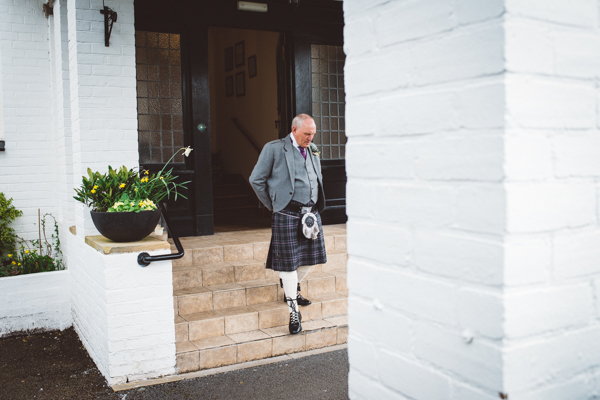 tom-cairns-photography-ayrshire-wedding-eterkine-house-blush-colour-palette (23)