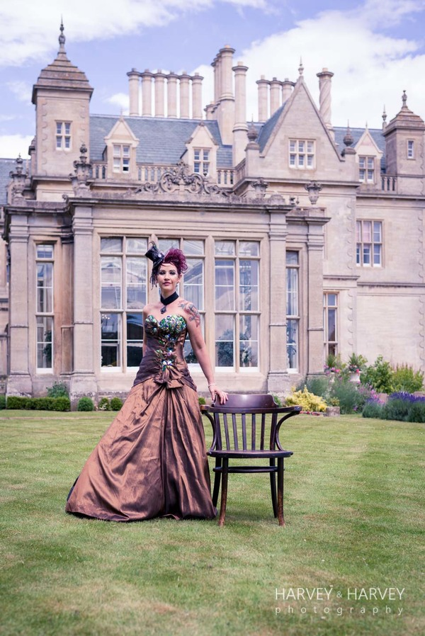 harvey-and-harvey-photography-rock-your-wedding-dress-shoot-stoke-rochford-hall-steampunk-wedding-inspiration-dolls-mad-hattery-charlotte-wesson-hair-paula-tennant-MUA (35)