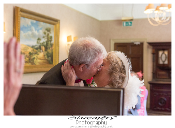 summers-photography-intimate-wedding-frimley-house-hotel-surrey (160)