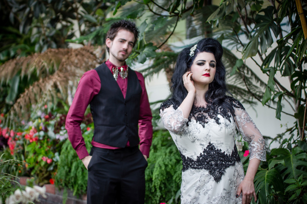 janet-broughton-photography-gothic-wedding-shoot-gothic-drama-buxton-opera-house-victorian-venue-gothic-details (60)