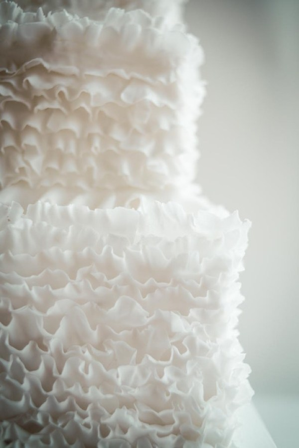 rose-ruffle-wedding-cake, image - stillmotion