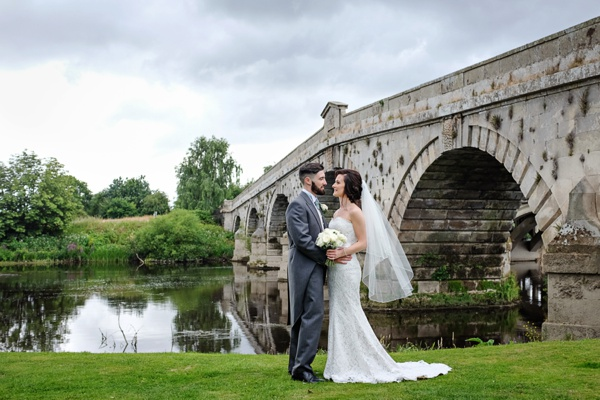 Cris-Lowis-photography, Shropshire wedding, Mytton-and-Mermaid-pub (48)
