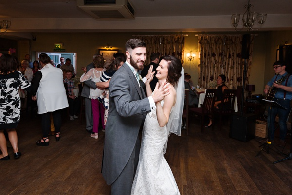 Cris-Lowis-photography-Staffordshire wedding-Mytton-and-Mermaid-pub (67)