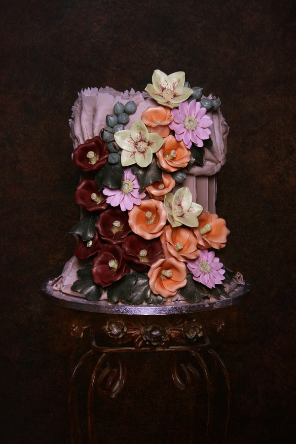 hollyhox_and_helebores, Choccywoccydoodah, bespoke cakes, wedding cakes, chocolate cakes, chocolate wedding cakes , Old Masters Collection, alternative wedding cake