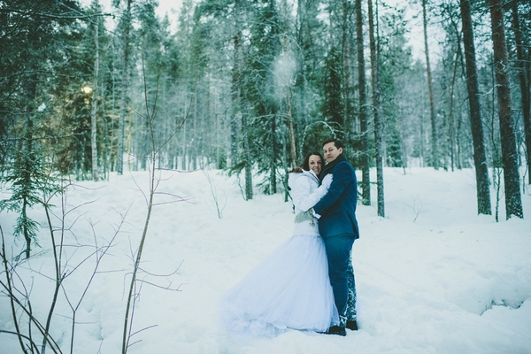 lapland-wedding-snowy-wedding-rob-grimes-photography-destination-wedding-LUVATTUMAA- Ice-Chapel-Levi-Lapland (1)