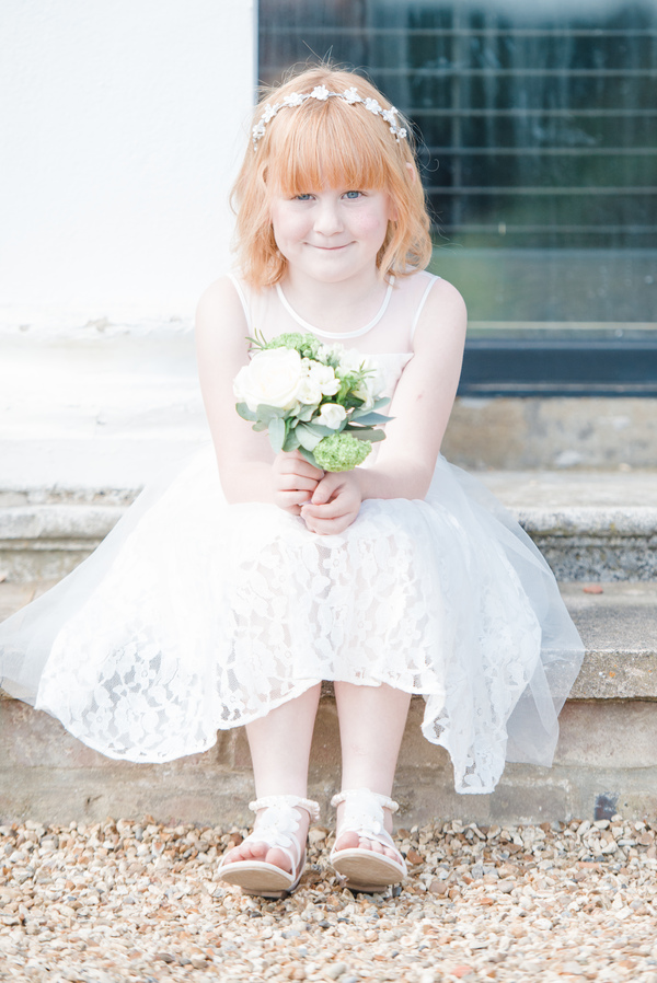 hannah-mcclune-photography-essence-of-australia-dress-hampshire-wedding-sage-green-details-highfield-park (9)