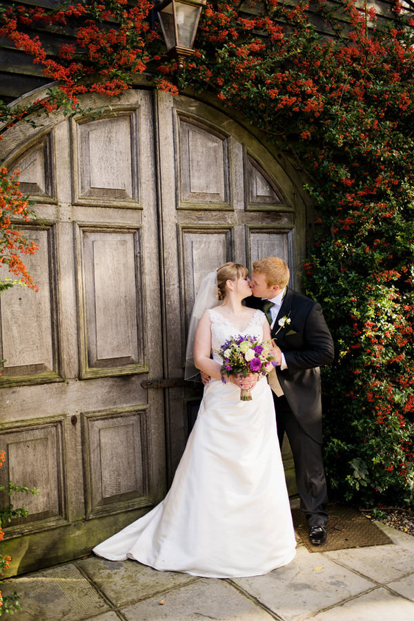 howling-basset-photography-barn-wedding-kent-wedding-rustic-details-purple-details-winters-barns-canterbury (126)
