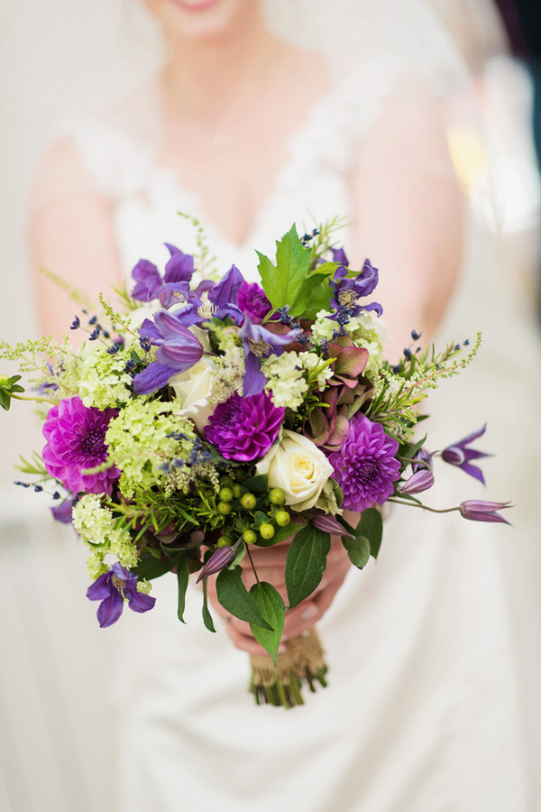 howling-basset-photography-barn-wedding-kent-wedding-rustic-details-purple-details-winters-barns-canterbury (74)