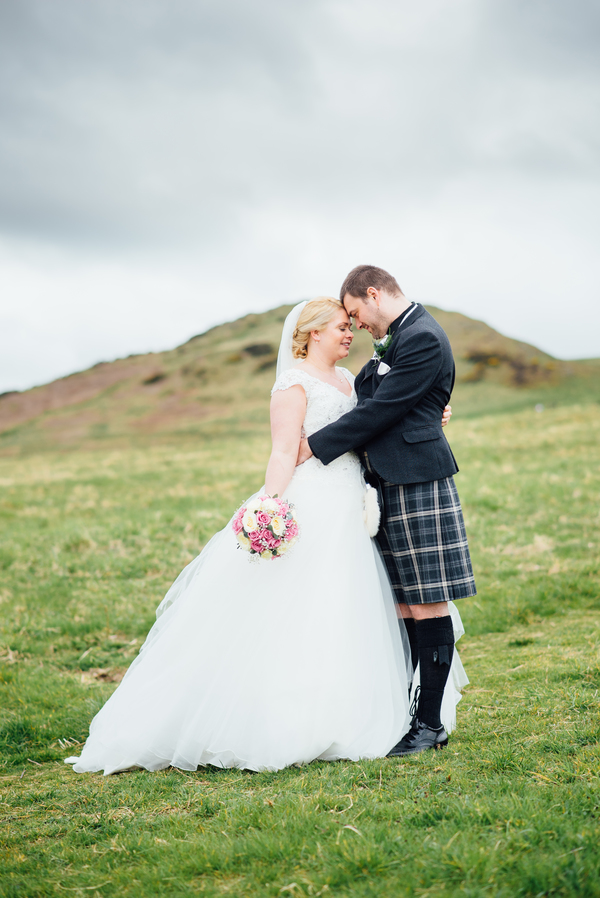 Edinburgh-wedding-dynamic-earth-wedding-derek-Christie-photography (26)