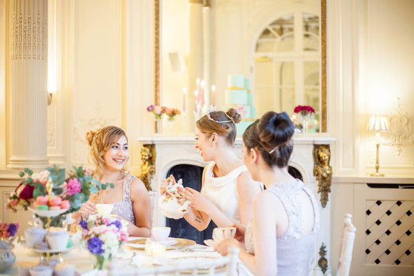 Alegrar-Events-Amanda-Karen-Photography-Vintage-styled-shoot-Vintage-tea-party-bridal-inspiration-shoot-tea-party-styled-shoot-bridal-preparations (52)