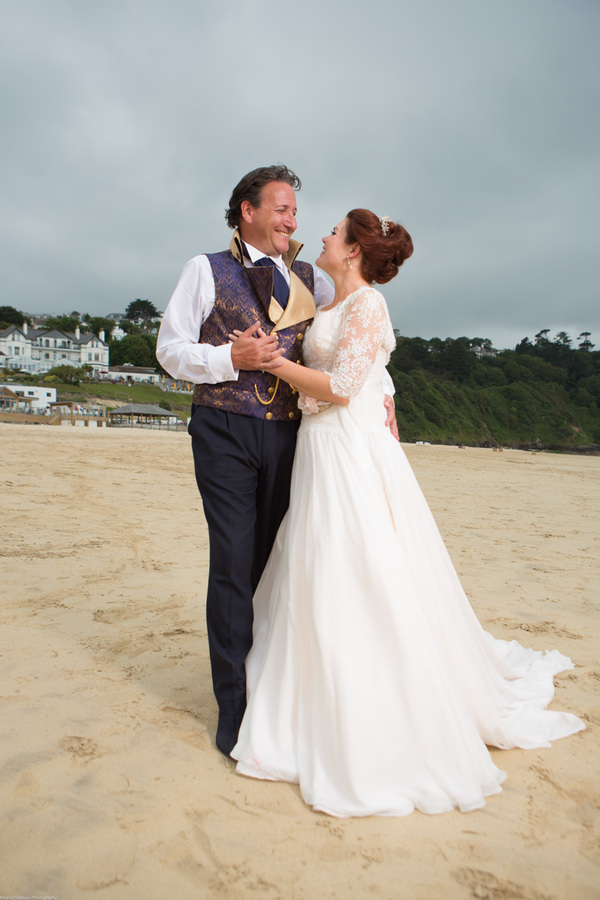 Cornwall-Wedding-Carbis-Bay-Hotel-Khalile-Siddiqui-Photography-Navy-and-Gold-Wedding-Details (27)