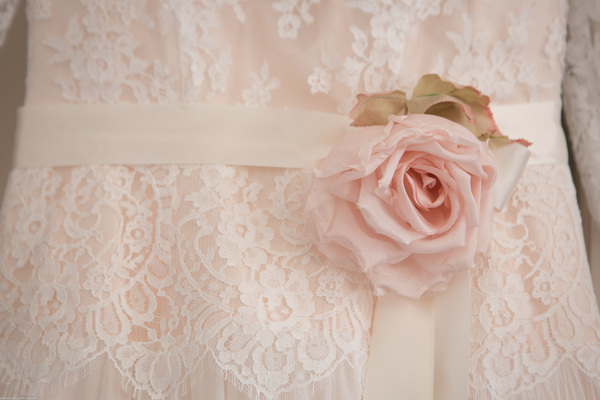 Cornwall-Wedding-Carbis-Bay-Hotel-Khalile-Siddiqui-Photography-Navy-and-Gold-Wedding-Details (70)