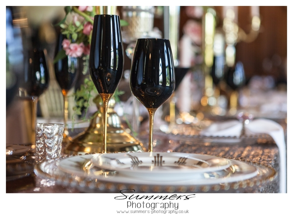 Gatsby-glamour-wedding-styled-shoot-Summers-Photography-Heatherden-Hall-At-Pinewood-Studios (45)