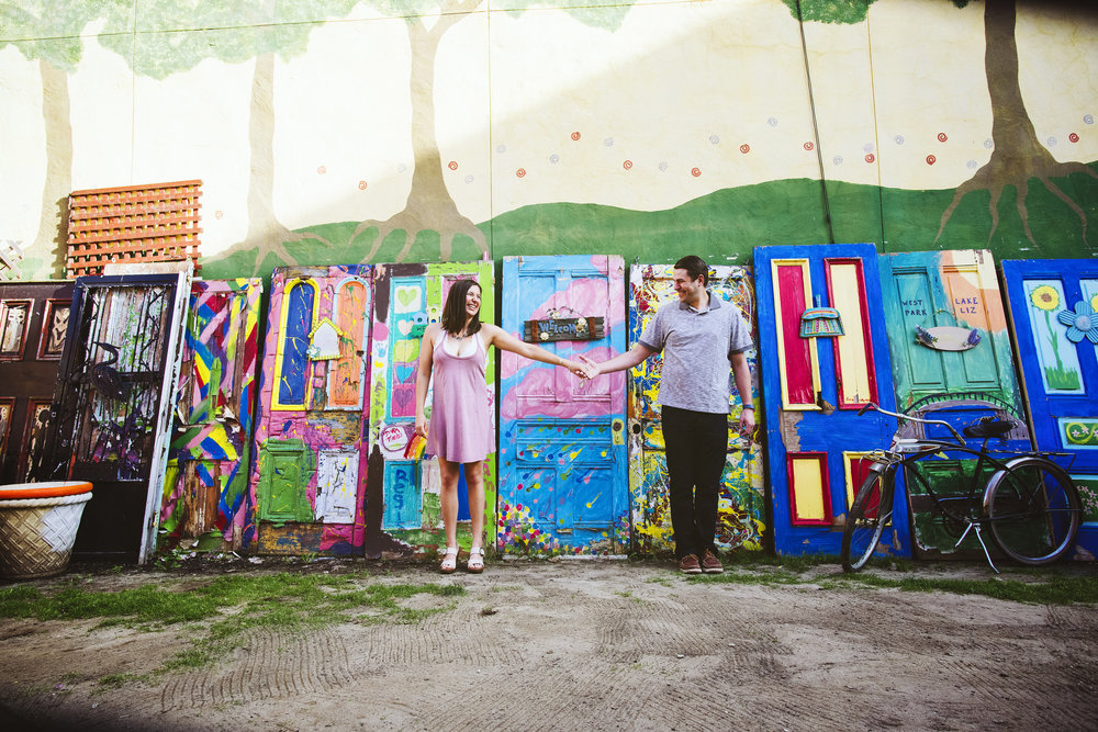 Randyland-Pittsburgh-Landmark-Sandra-Chile-Photography-Pittsburgh-Engagement-Schoot-Colourful-Engagement-Shoot 8