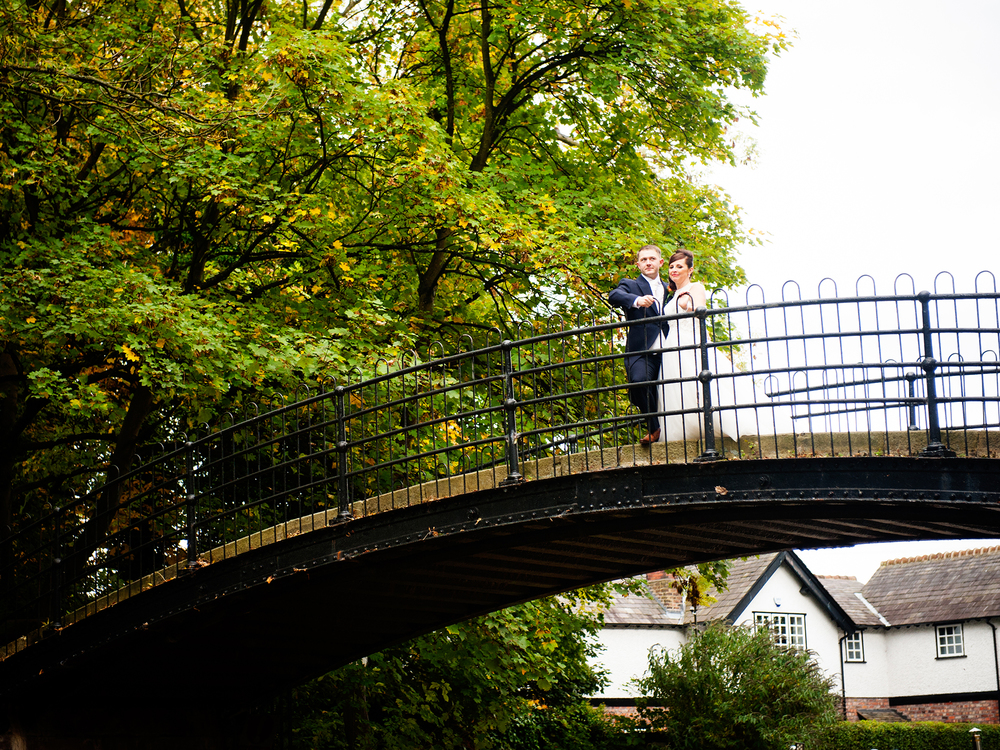 weekday-wedding-photos-jenny-mcavoy-autumn-wedding-autumnal-wedding-swinton-park-golf-club-yorkshire-wedding-ronald-joyce-dress (22)