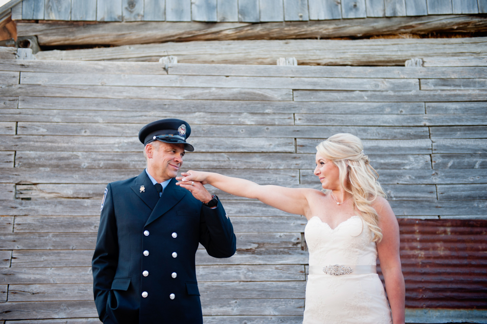 black-lamb-photography-ottawa-wedding-photographer-fire-fighter-themed-wedding-shoot-28
