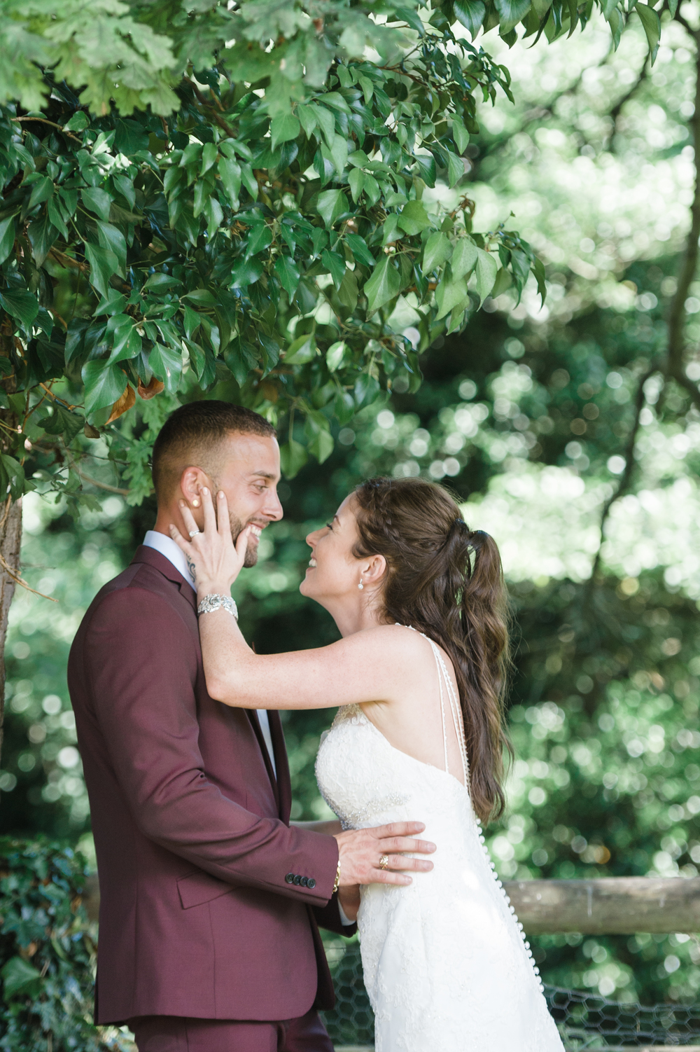 hannah-mcclune-photography-mill-house-hotel-swallowfield-rustic-wedding-burgundy-and-peach-wedding-59