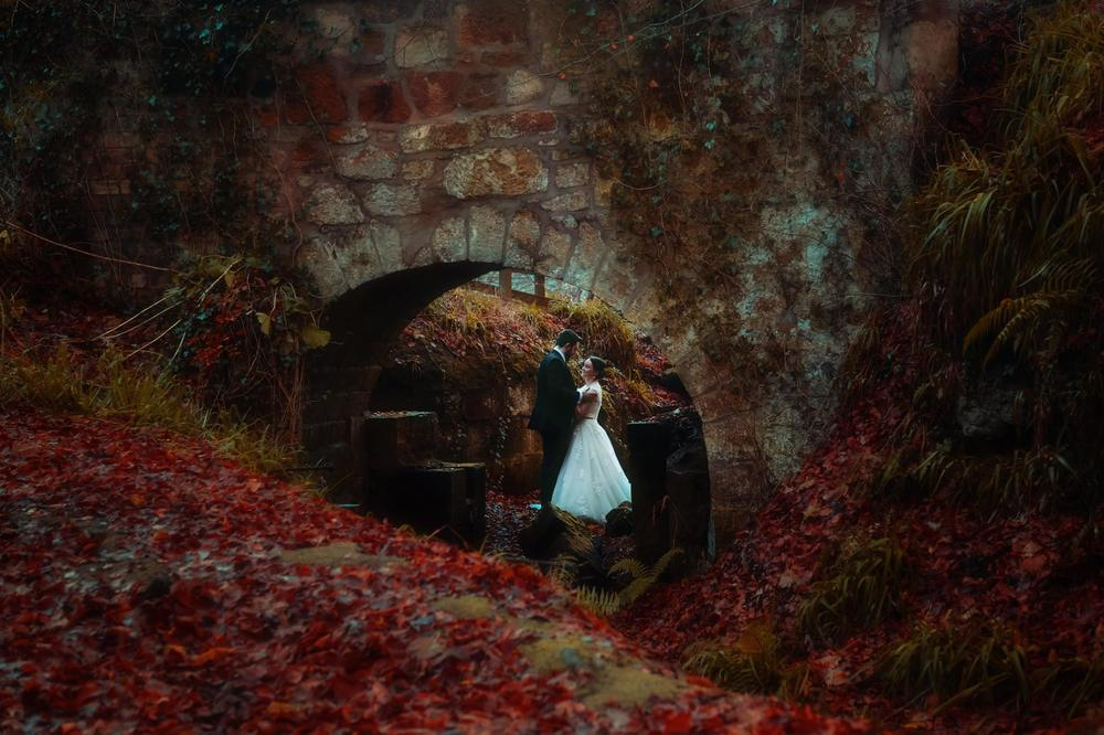 moon-rabbit-wedding-photography-autumnal-post-wedding-shoot-roslin-glen-18