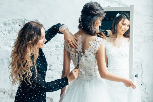 The Perfect Fit ~ All you need to know about Wedding Dress Alterations