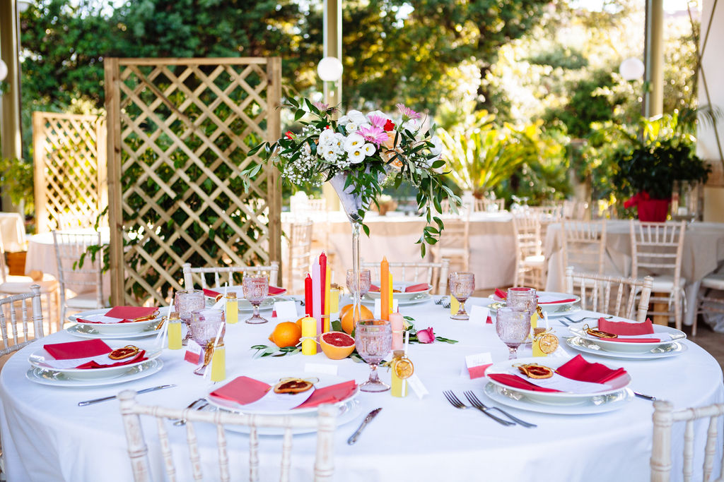 Elizabeth Armitage Photography - colourful wedding tablescape