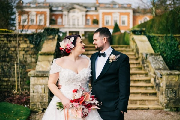 An elegant Valentines Day Wedding Styled Shoot with beautiful jewel and gold tones