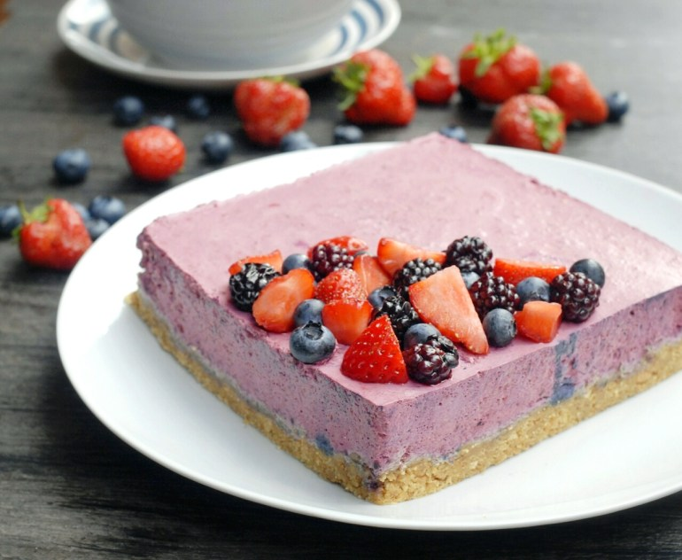 Blackberry Mouse Cake