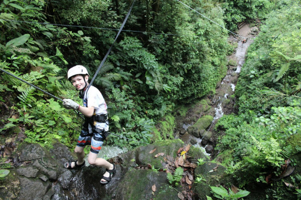 canyoning & rappelling adventure in costa rica