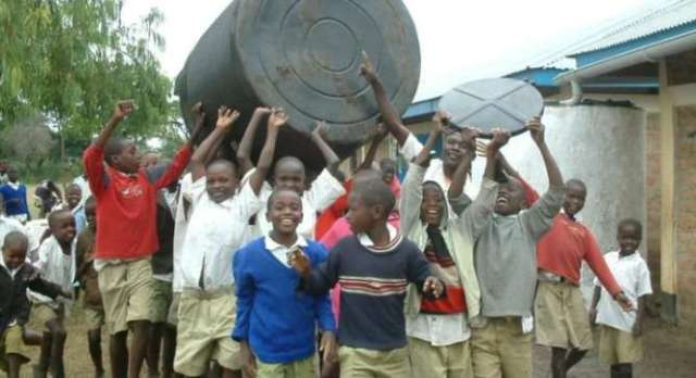 Science Teacher Invents Low-tech Water Treatment