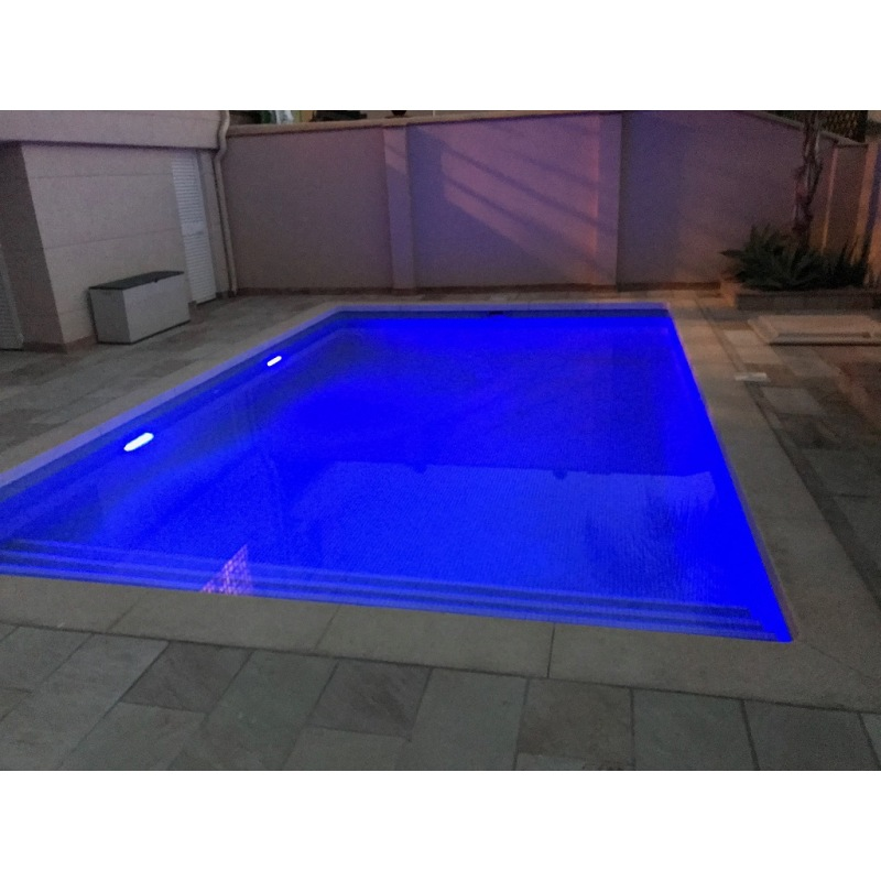 Solar Lighting In Ground Swimming Pool Deep Blue Color For