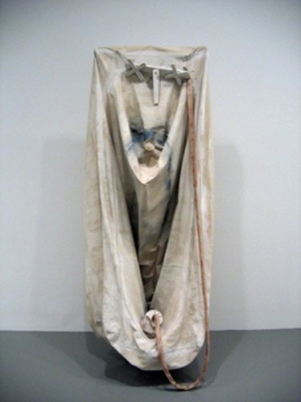 Claes Oldenburg - Soft Bathtub- Ghost Version 1966