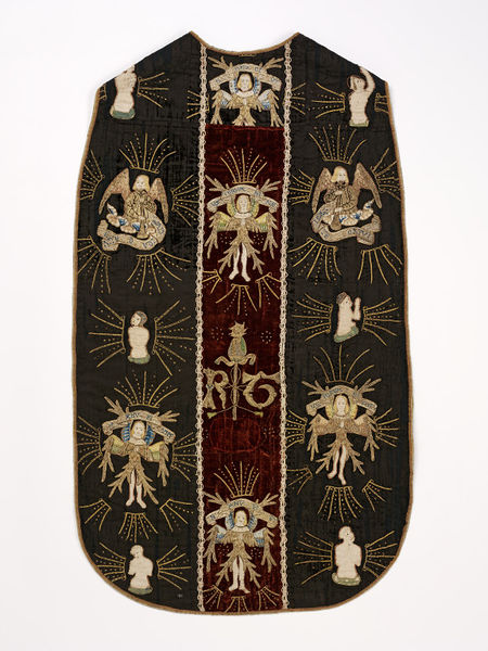Chasuble c1510-33. © V&A