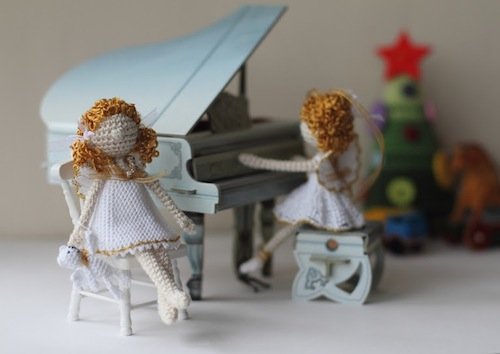 Miniature Angel Art Dolls by FancyKnittles (Crochet)