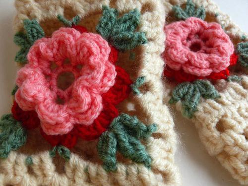 Fingerless Gloves (detail) by Casatienda de Amelia B (Crochet)