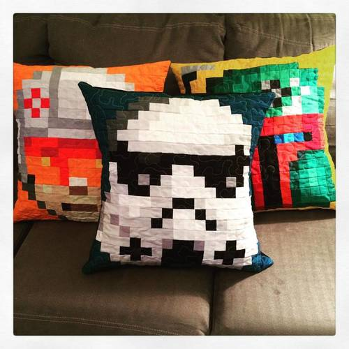 Craftster Pick of the Month – CandyCoatedQuilts' Star Wars Pillows
