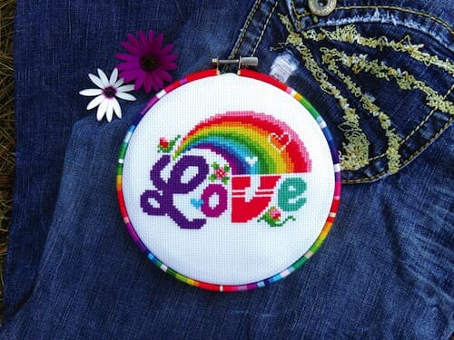 Lucky Star Stitches - Love Rainbow