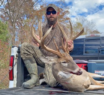 Holliman took his 187 2/8-inch buck on his friend Nelson Bridgeforth's property in Desoto County.